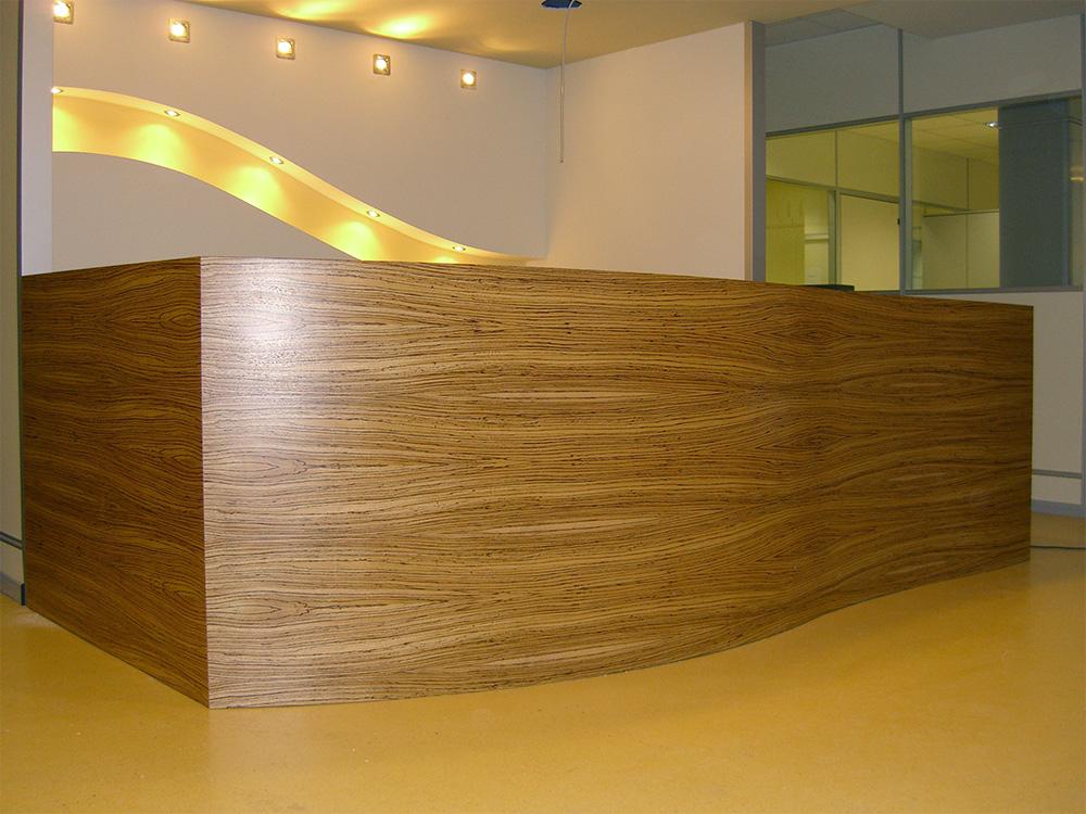 Arredamento per ufficio su misura milano david interni for Arredamento d interni per ufficio